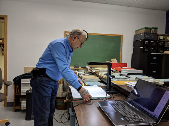 Knox County Genealogical Society Doc Camera
